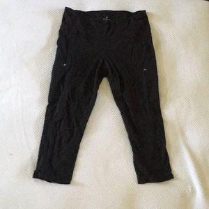 Yoga Pant/Leggings. (Cropped)
